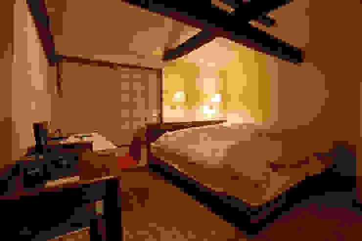 Спальня в азиатском стиле от 有限会社中村建築事務所 Азиатский
