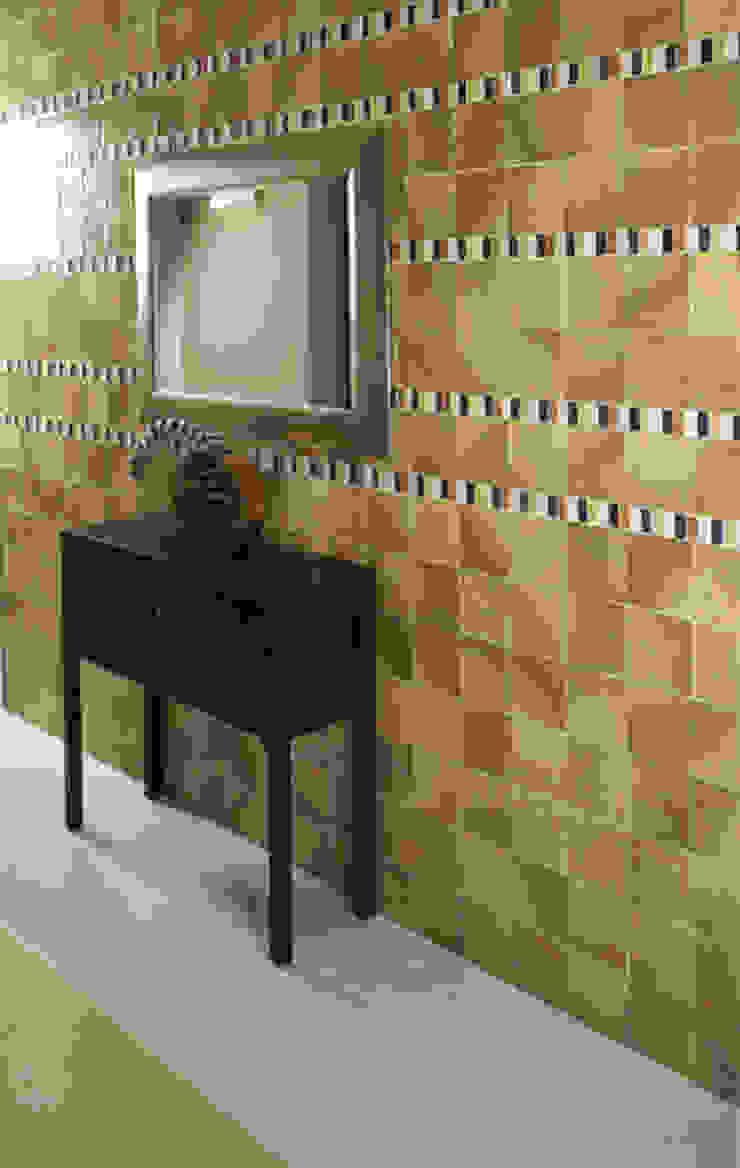 Marenostrum Sol Pasillos, vestíbulos y escaleras de estilo rústico de INTERAZULEJO Rústico