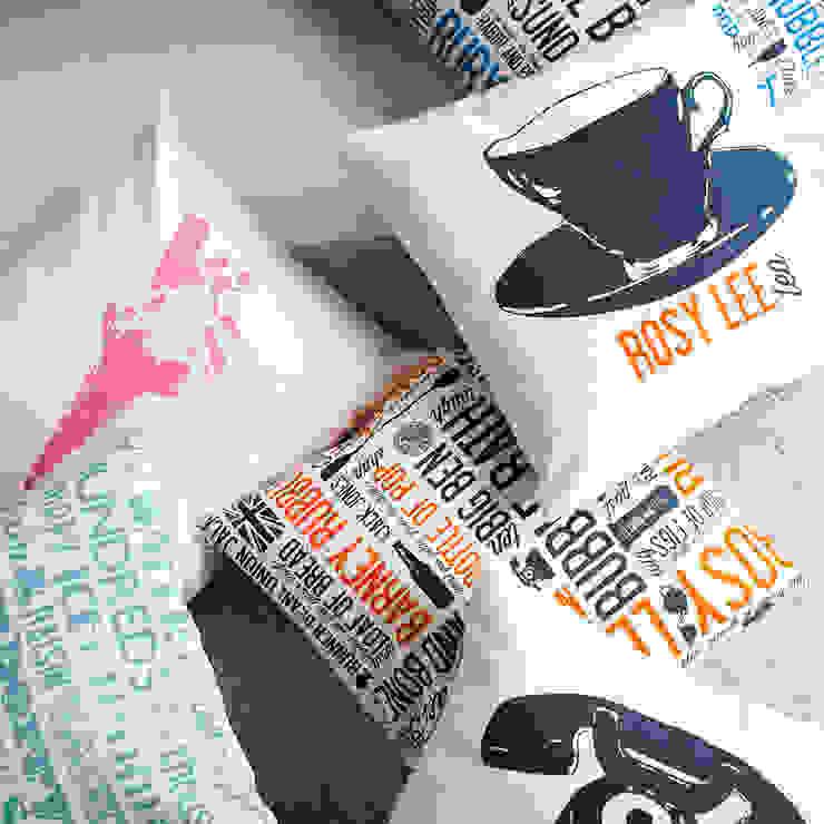 Duck Feather Cushions: modern  by Victoria Eggs, Modern