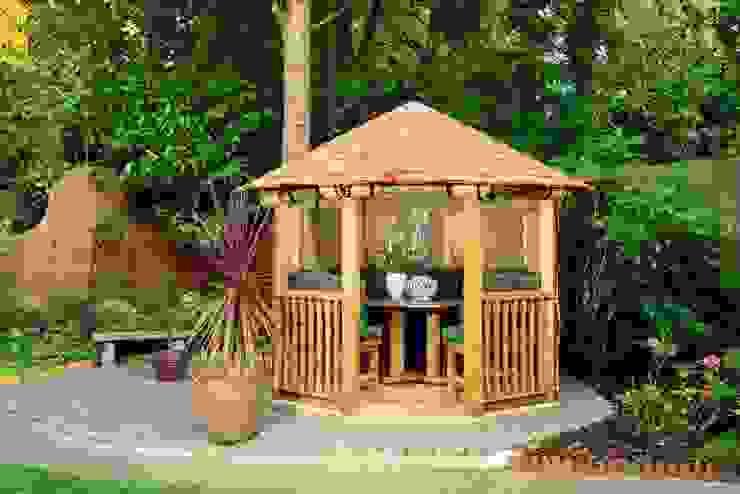Crown Tudor Mediterranean style garden by Crown Pavilions Mediterranean
