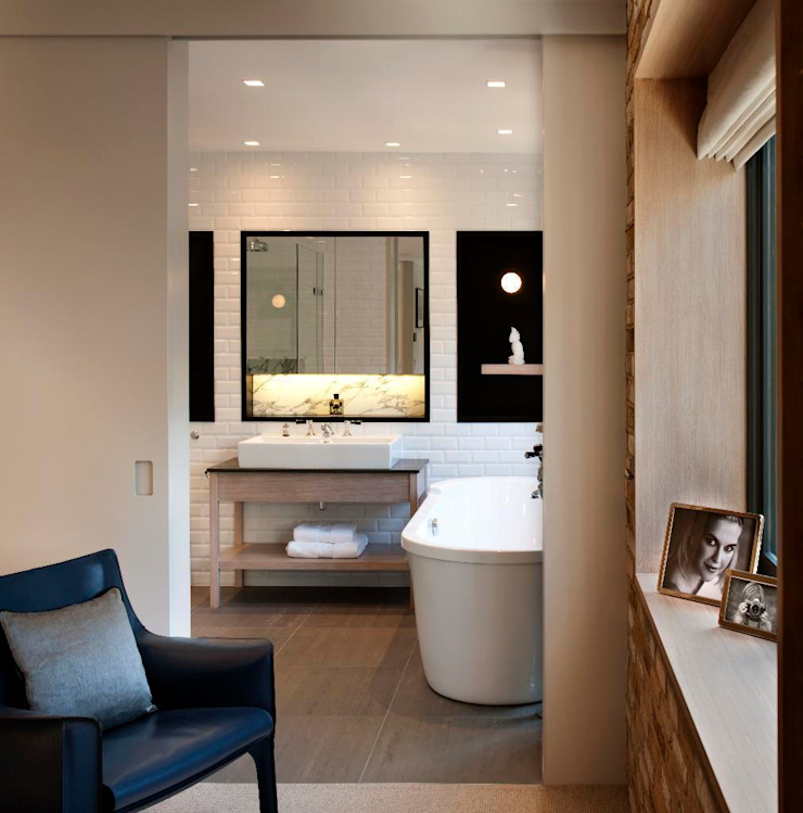 Master Bathroom Modern bathroom by TG Studio Modern