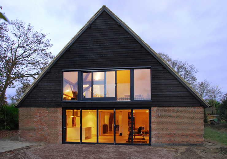 Pye Barn Exterior Minimalist houses by David Nossiter Architects Minimalist