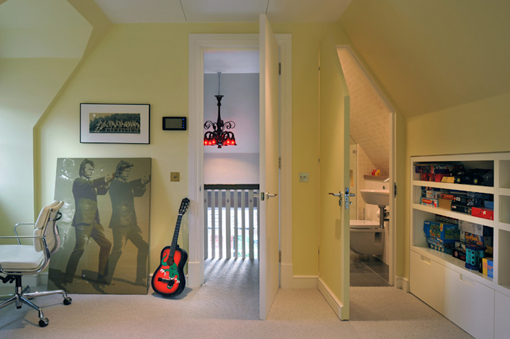 Kids Attic Bedroom TG Studio Modern Kid's Room