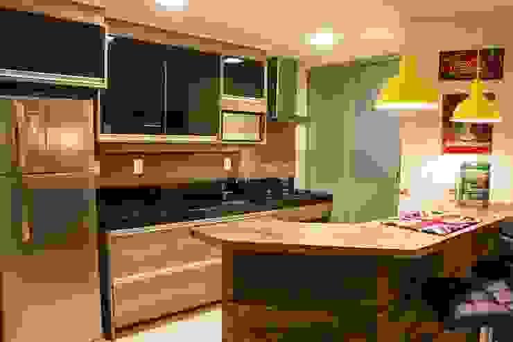 D`Vita - Marcenaria KitchenCabinets & shelves