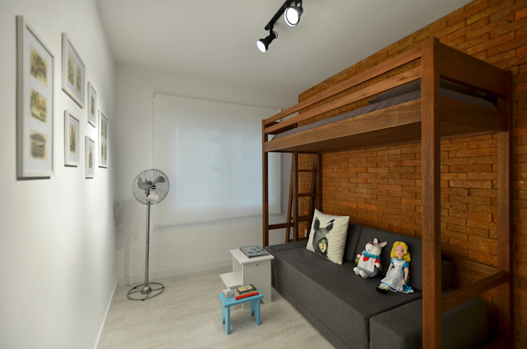 Bedroom by Johnny Thomsen Arquitetura e Design ,