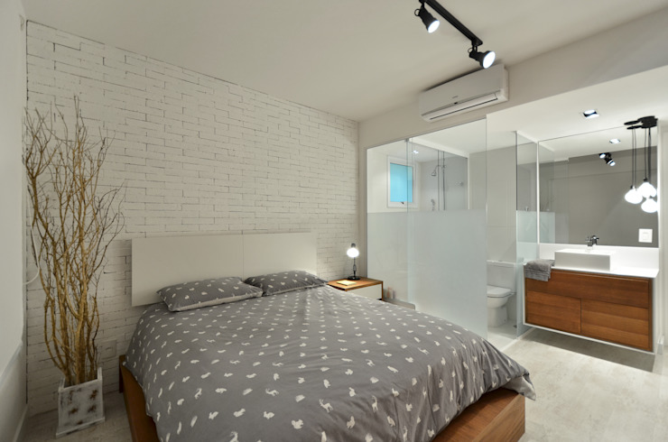 Modern Bedroom by Johnny Thomsen Arquitetura e Design Modern