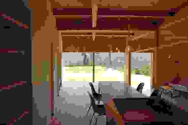 日名内村の家 モダンな キッチン の dygsa モダン