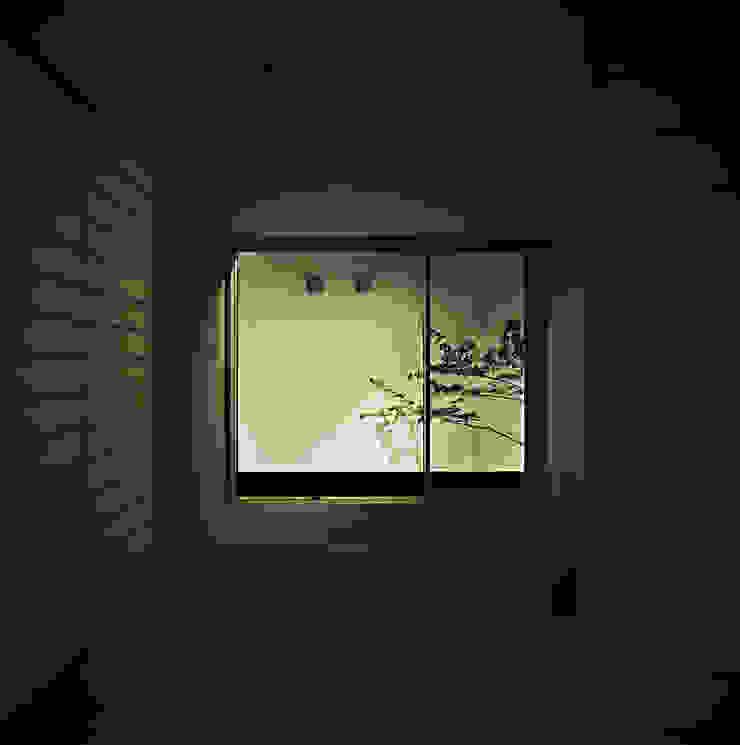 方庵 和風デザインの 多目的室 の 和泉屋勘兵衛建築デザイン室 和風