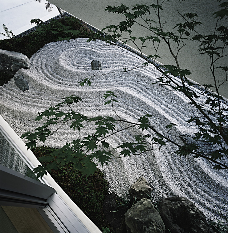 方庵 アジア風 庭 の 和泉屋勘兵衛建築デザイン室 和風