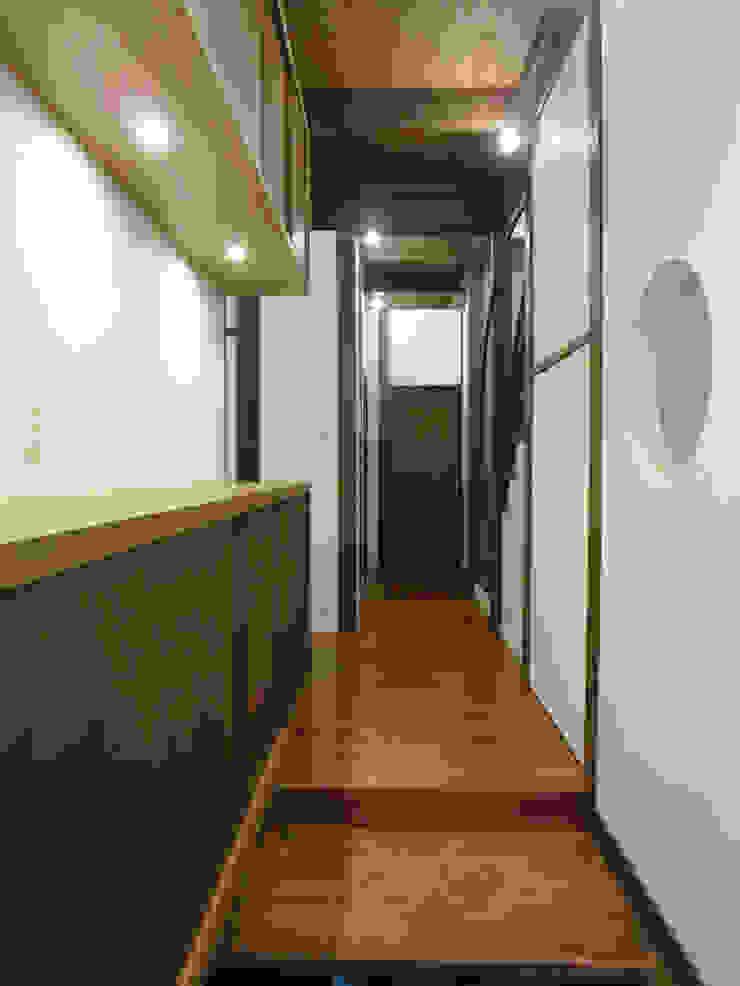 あお建築設計 玄關、走廊與階梯儲藏櫃
