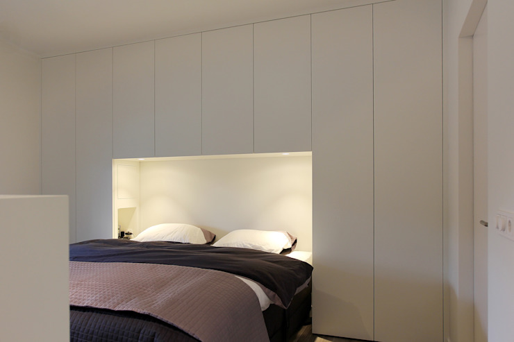 Modern style bedroom by Leonardus interieurarchitect Modern