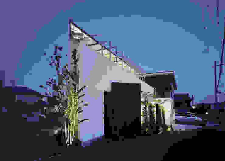 Vector(ベクトル) モダンな 家 の 和泉屋勘兵衛建築デザイン室 モダン
