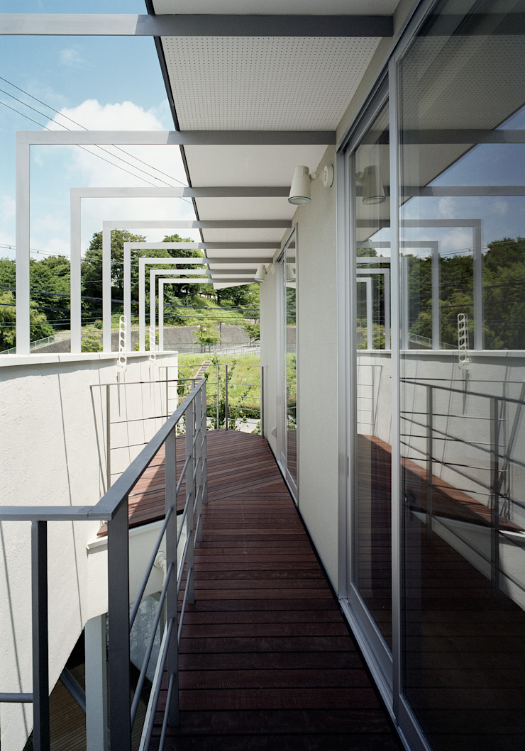 Vector(ベクトル) モダンデザインの テラス の 和泉屋勘兵衛建築デザイン室 モダン