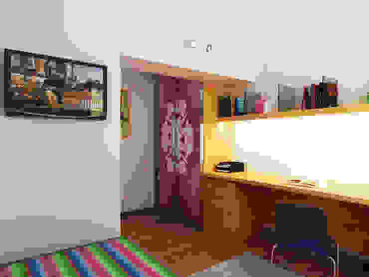Переработка квартиры 1962 года Детские комната в эклектичном стиле от Дизайн студия Александра Скирды ВЕРСАЛЬПРОЕКТ Эклектичный
