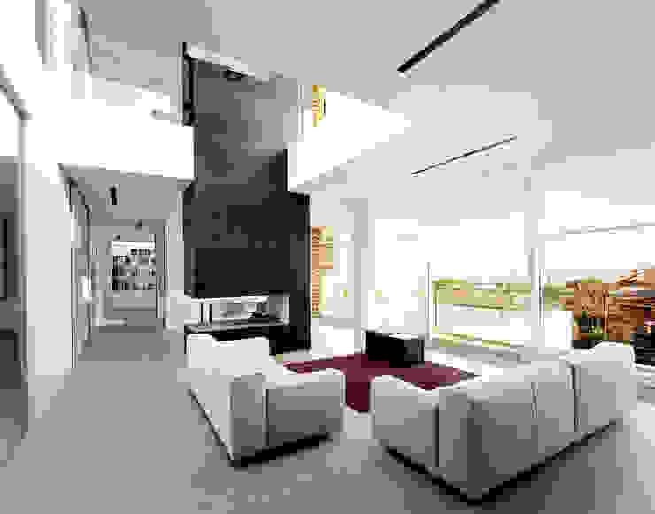 Massimo Zanelli architetto 现代客厅設計點子、靈感 & 圖片