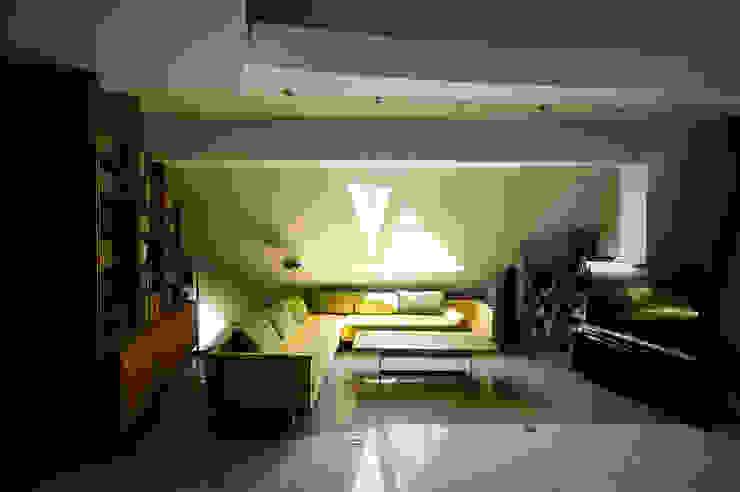 Dom Własny Nowoczesny salon od autorskie studio architektury Nowoczesny