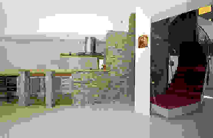 Dom Własny Nowoczesna kuchnia od autorskie studio architektury Nowoczesny