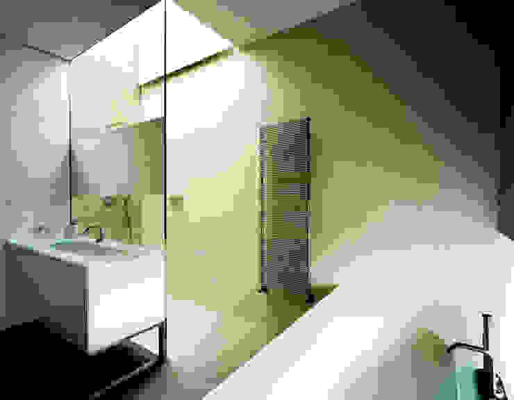 Moderne Badezimmer von Massimo Zanelli architetto Modern