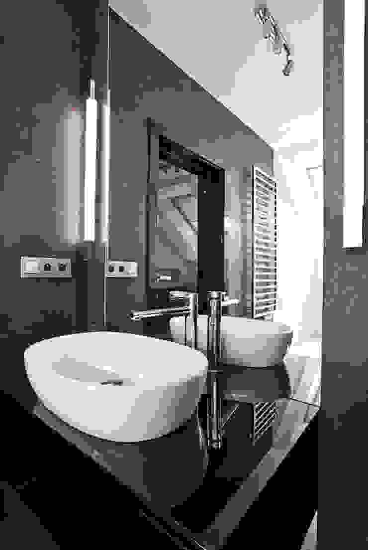 Apartament Orange Nowoczesna łazienka od KLIFF DESIGN Nowoczesny