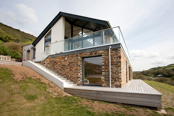 Grey Roofs, Crackington Haven, Cornwall Modern houses by The Bazeley Partnership Modern