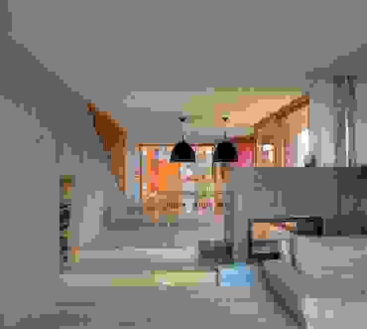 Scandinavian style living room by kleboth lindinger dollnig Scandinavian