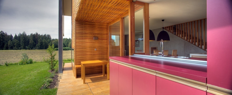 Country style balcony, veranda & terrace by kleboth lindinger dollnig Country