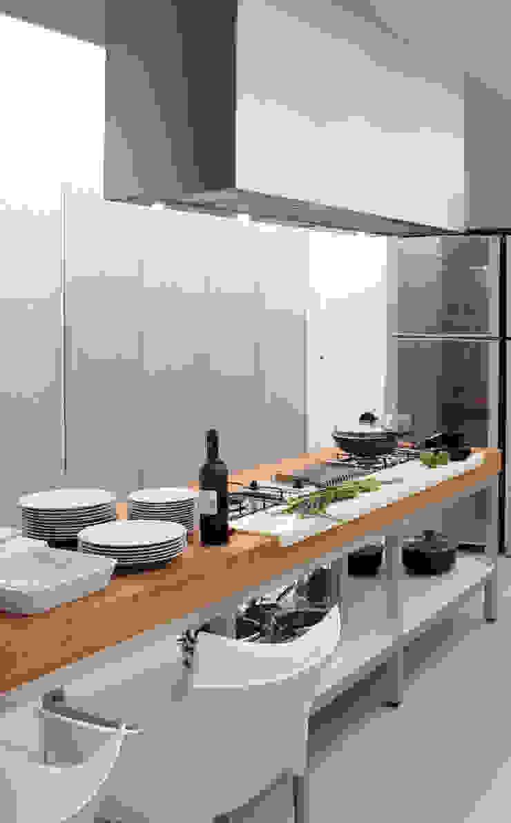 RAIZ QUADRADA KitchenCabinets & shelves