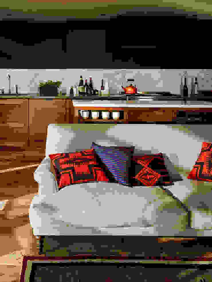 Vinegar Hill Apartment Moderne keukens van General Assembly Modern