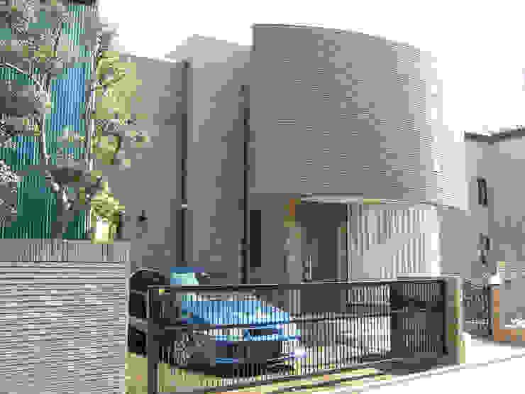Mt-house オリジナルな 家 の 有限会社デザインシステム新田建築事務所 オリジナル