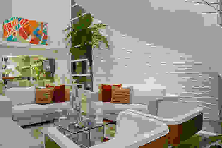 ห้องนั่งเล่น โดย Designer de Interiores e Paisagista Iara Kílaris, โมเดิร์น