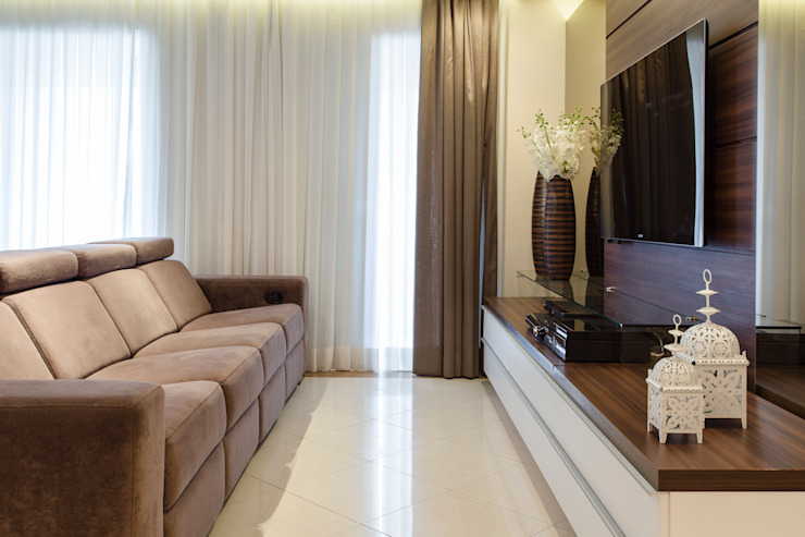 Modern living room by Barbara Dundes | ARQ + DESIGN Modern