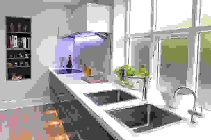 Northumberland Avenue Cocinas modernas: Ideas, imágenes y decoración de Haus12 Interiors Moderno
