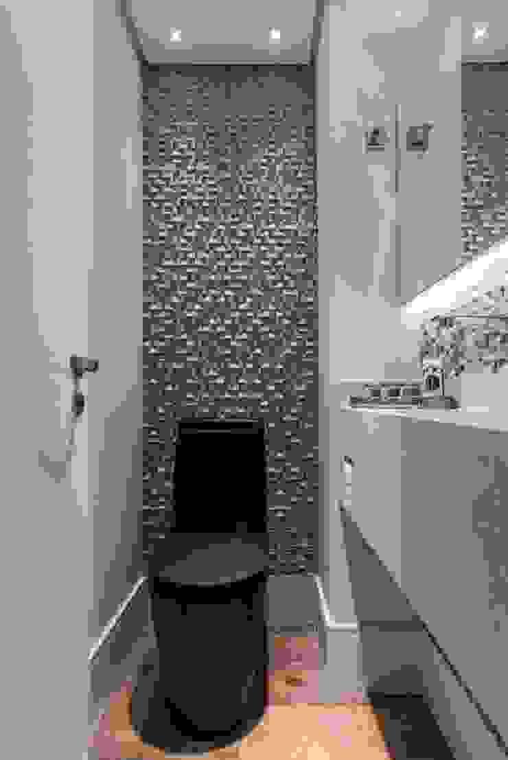 MAISON VITORIA Banheiros modernos por Barbara Dundes   ARQ + DESIGN Moderno