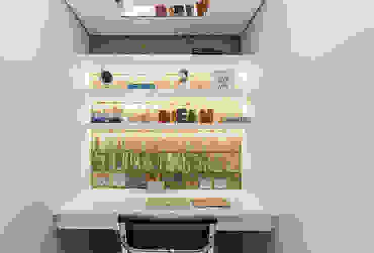 MAISON VITORIA Escritórios modernos por Barbara Dundes   ARQ + DESIGN Moderno