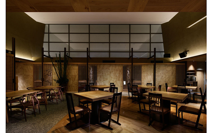 INTERIOR/4 モダンなレストラン の BaNANA OFFICE INC. モダン