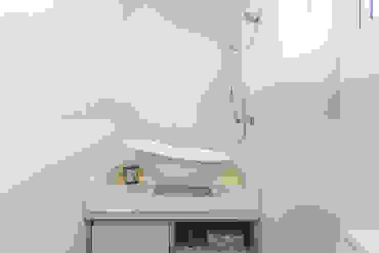 Ванная комната в стиле модерн от Barbara Dundes | ARQ + DESIGN Модерн