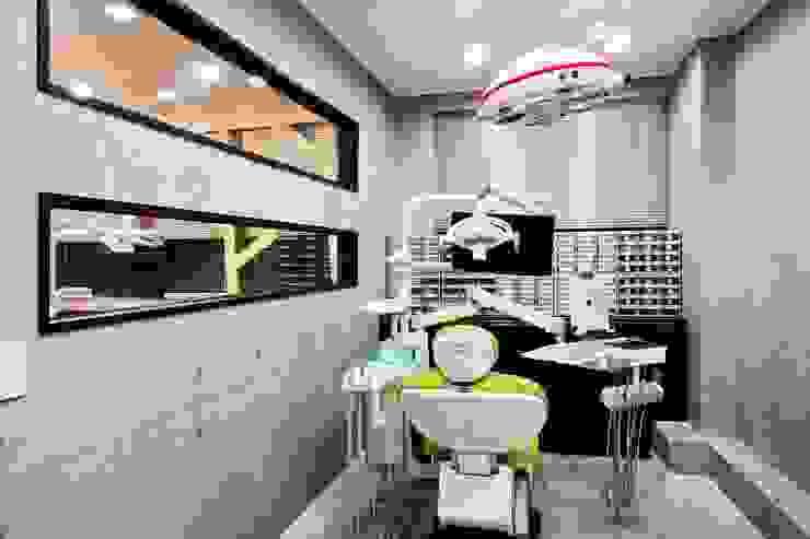 Goodweve Dental Clinic 인더스트리얼 스타일 병원 by (주)유이디자인 인더스트리얼