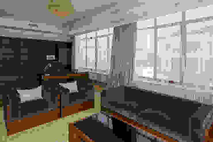 Резиденция Монолит Рабочий кабинет в классическом стиле от ItalProject Классический