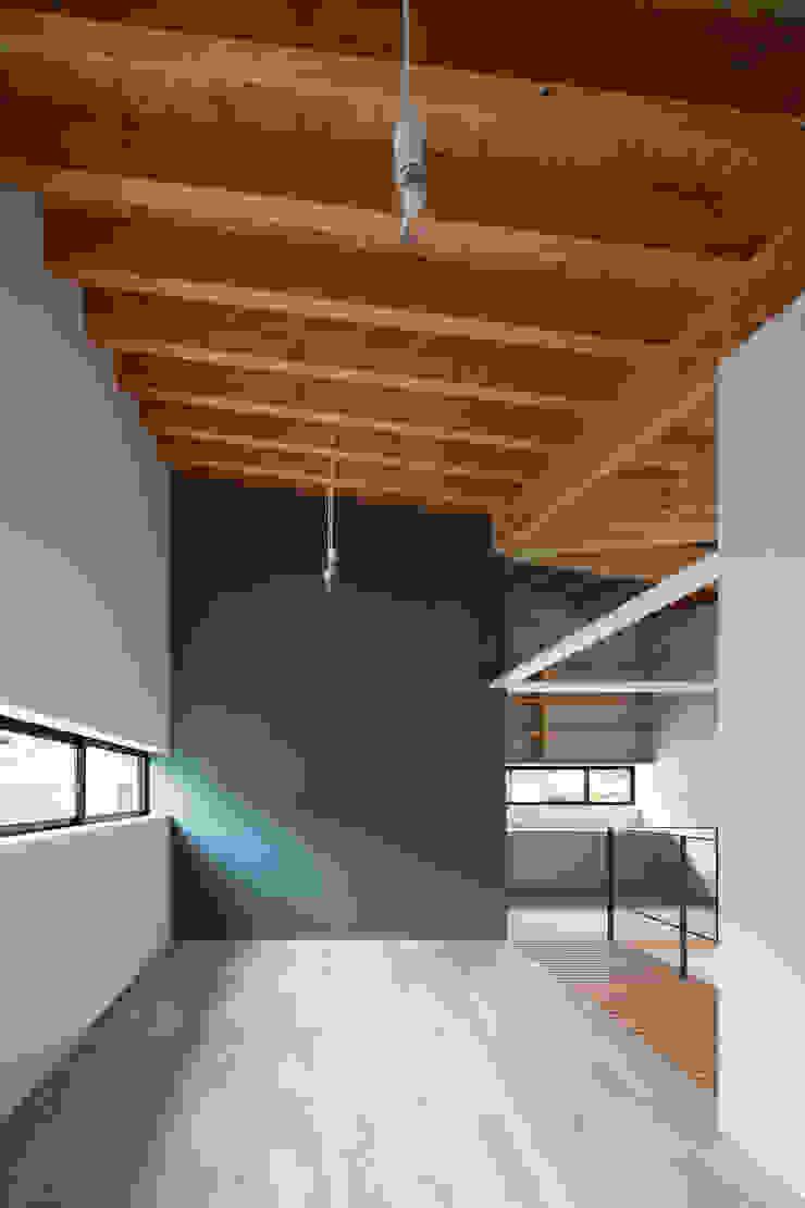 Chambre d'enfant originale par 井上久実設計室 Éclectique