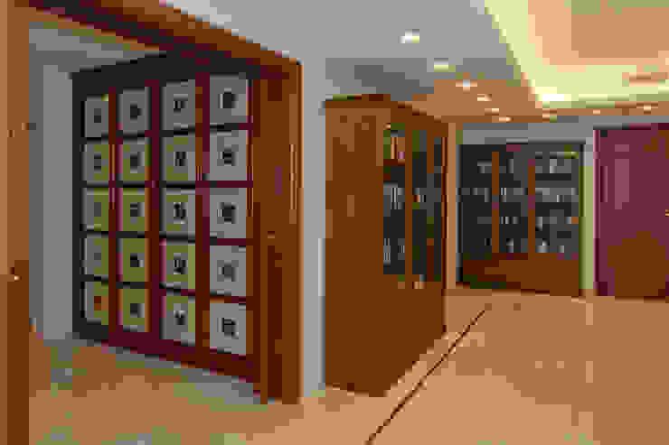 Шкаф Холл Коридор, прихожая и лестница в классическом стиле от ItalProject Классический