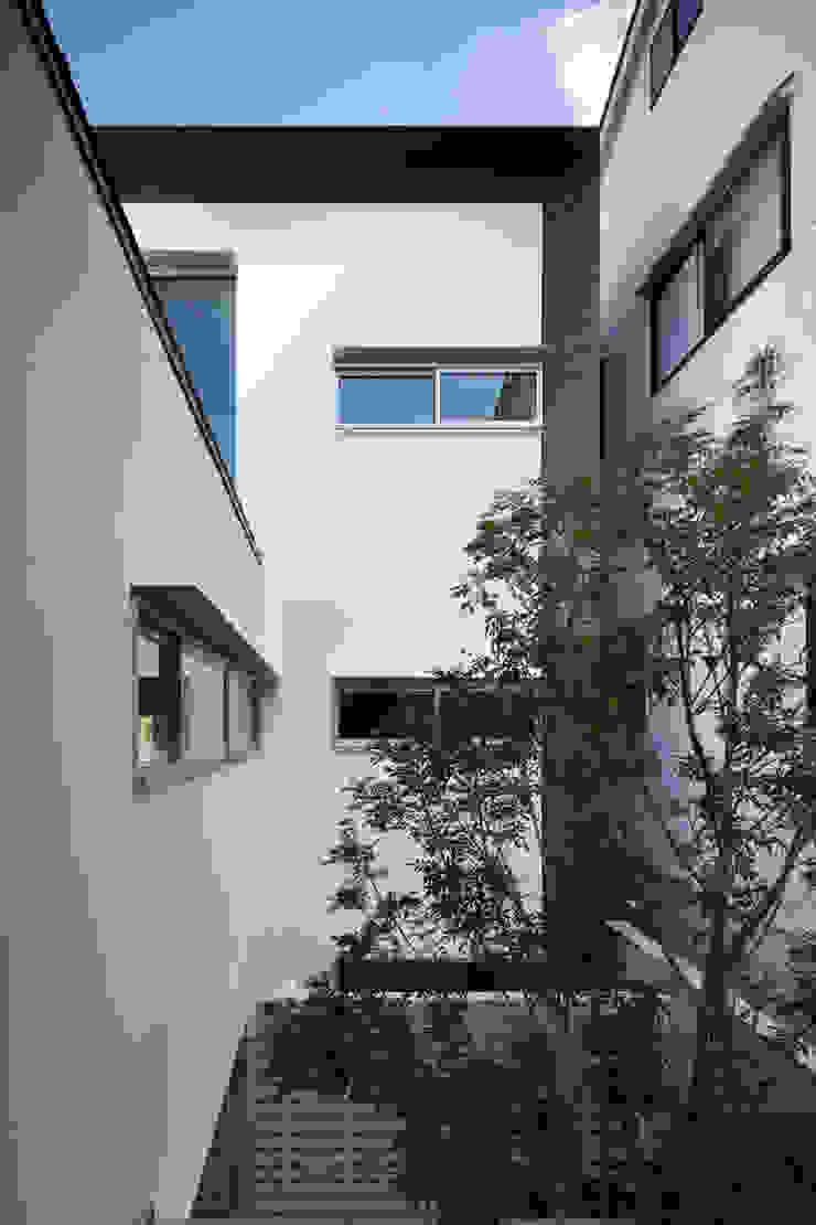 Jardin original par 井上久実設計室 Éclectique