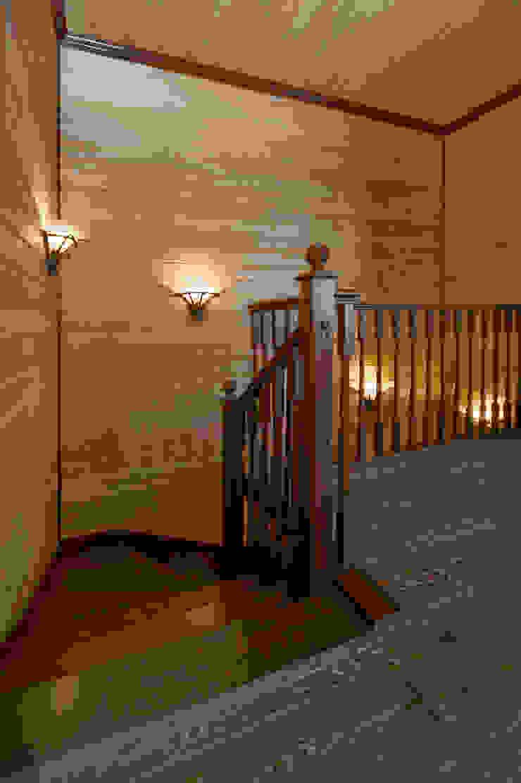 Лестница в бани Спа в стиле кантри от ItalProject Кантри