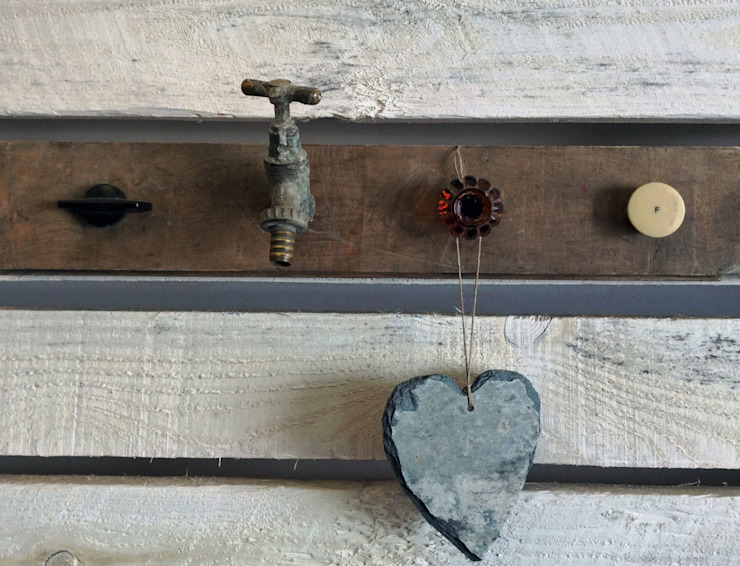 hang-ups - Upcycled Hook Rack: rustic  by Rural Retro, Rustic