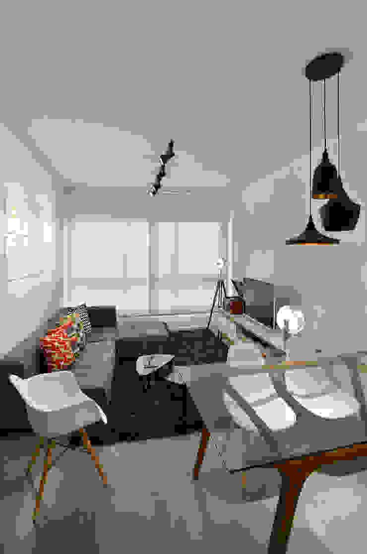 Salon moderne par Johnny Thomsen Arquitetura e Design Moderne
