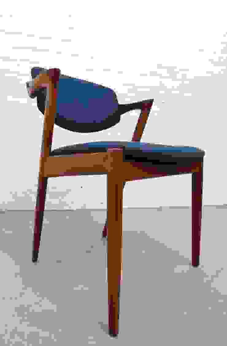 Danish teak desk chair by Kai Kristiansen : scandinavian  by Archive Furniture , Scandinavian
