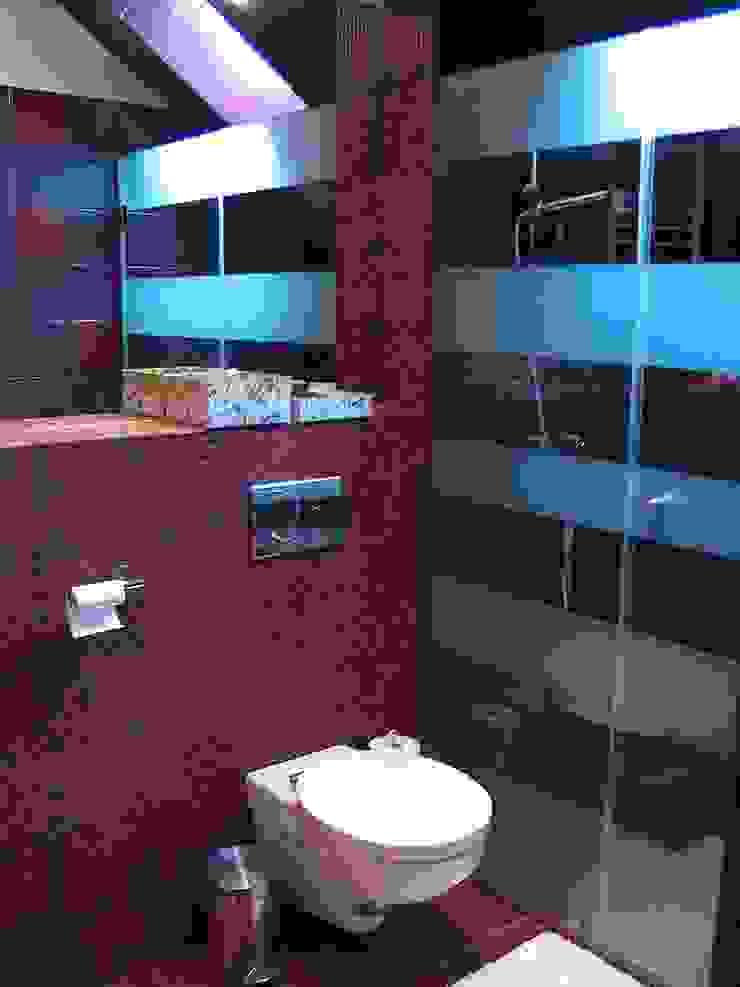 """""""Loft"""" de una adolescente Baños de estilo moderno de Agami Design Moderno"""