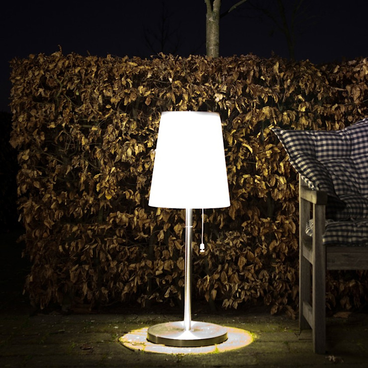 LAMPA ROOTS No.3 od homify Nowoczesny