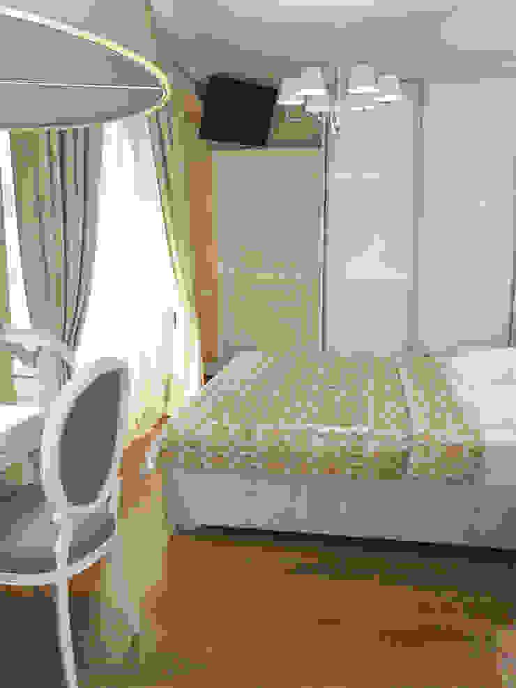 Квартира с акцентом Спальня в классическом стиле от Дизайн студия Александра Скирды ВЕРСАЛЬПРОЕКТ Классический