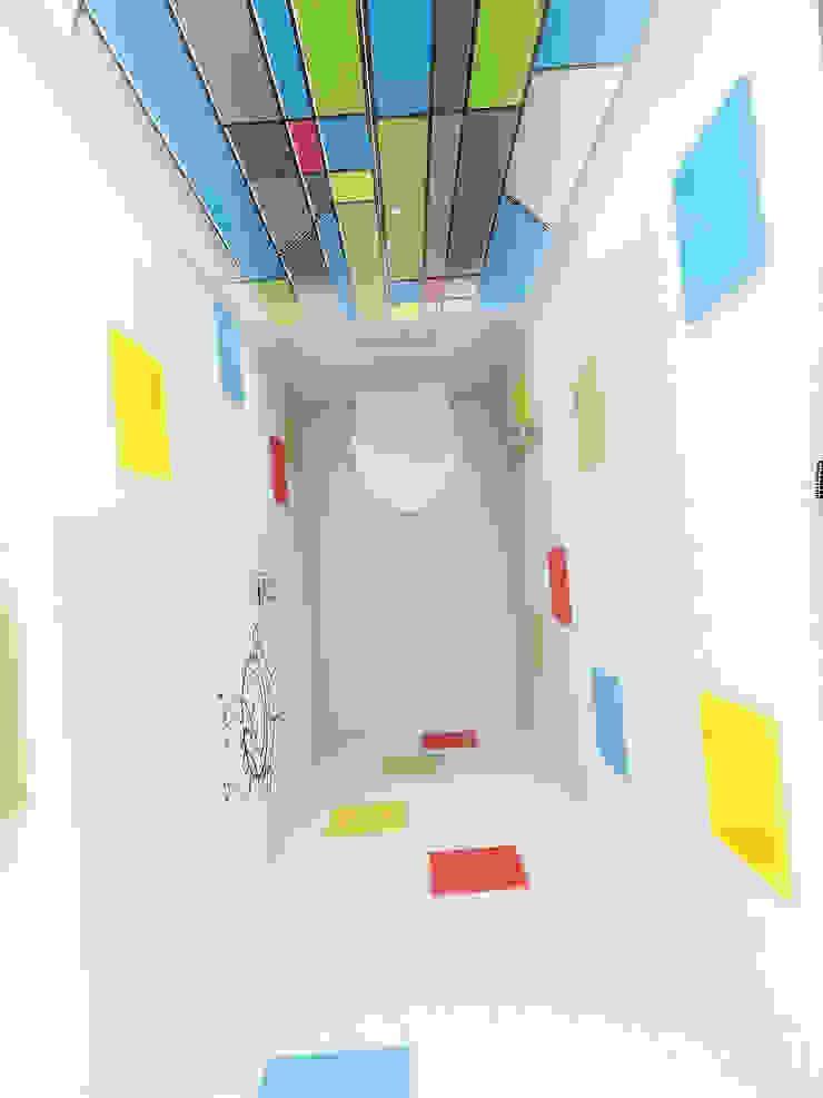 Трава Ванная комната в эклектичном стиле от Дизайн студия Александра Скирды ВЕРСАЛЬПРОЕКТ Эклектичный