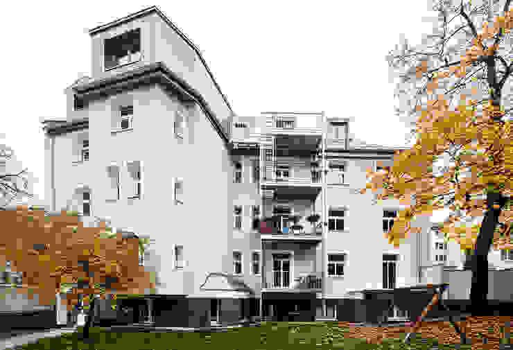 Ansicht Vordergebäude Klassische Häuser von arcs architekten Klassisch